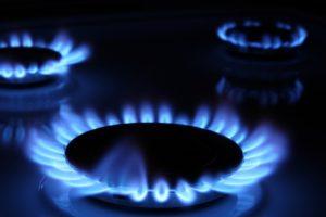 lit burners on natural gas stove